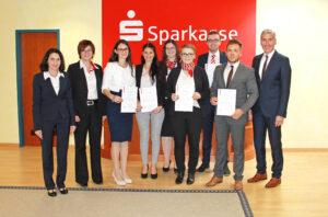 sparkasse-niederbayern-mitte-karriere-erfolg-absolventen