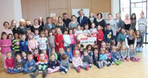 KIGA Spendenaktion Dingolfing Blog Sparkasse Niederbayern Spende, Kindergärten werden mit 50.000 Euro unterstützt; KIGA Spendenaktion Dingolfing Blog Sparkasse Niederbayern Spende