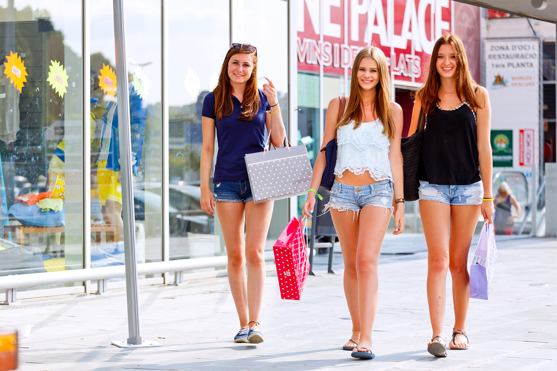 shopping-in-malgrat