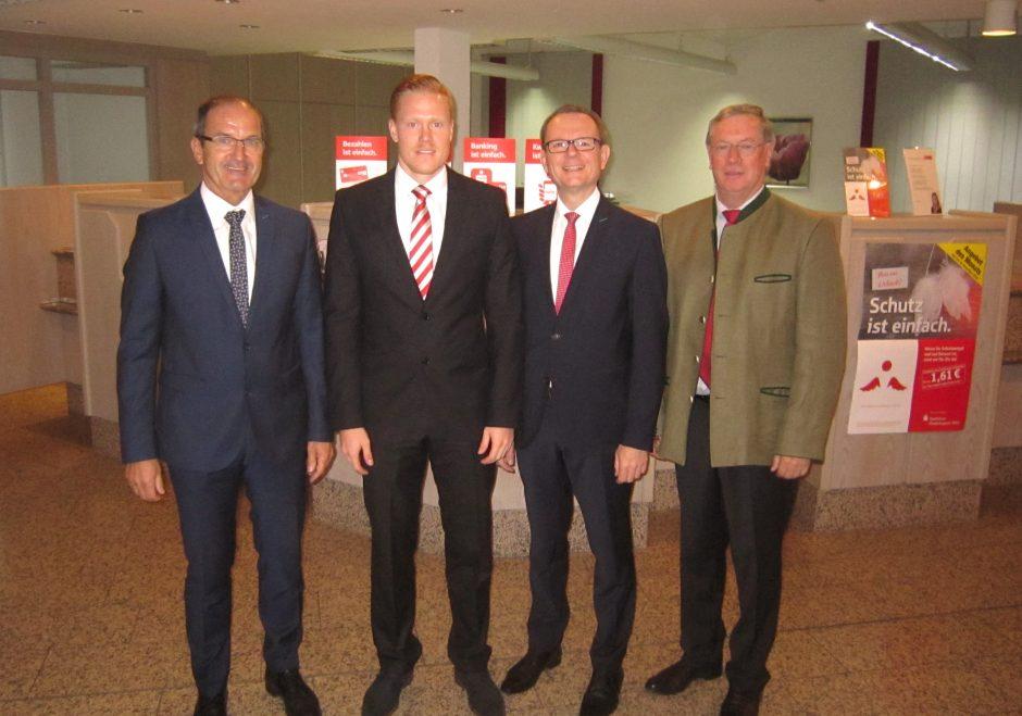 Neuer Leiter der Sparkassenfilialen in Griesbach und Mamming
