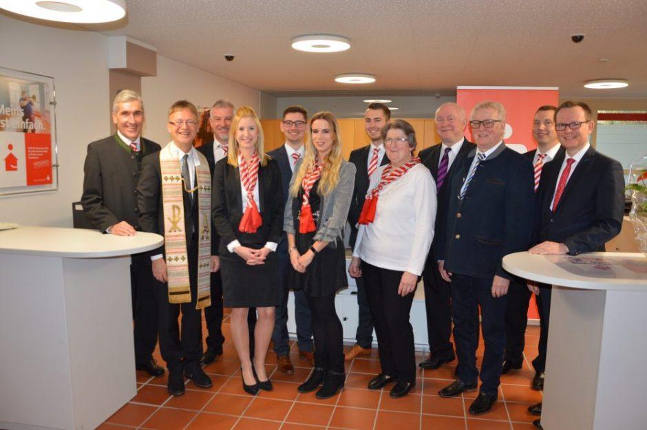 Sparkasse Eichendorf nach Umbau wieder eröffnet