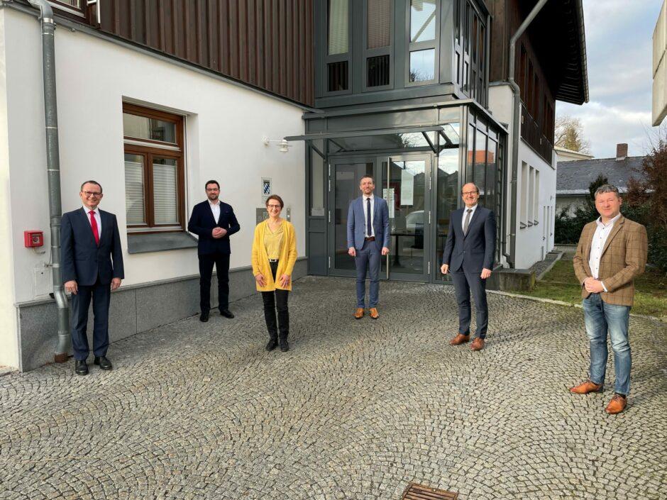 Sparkassen-Geschäftsstelle Hunderdorf unter neuer Leitung